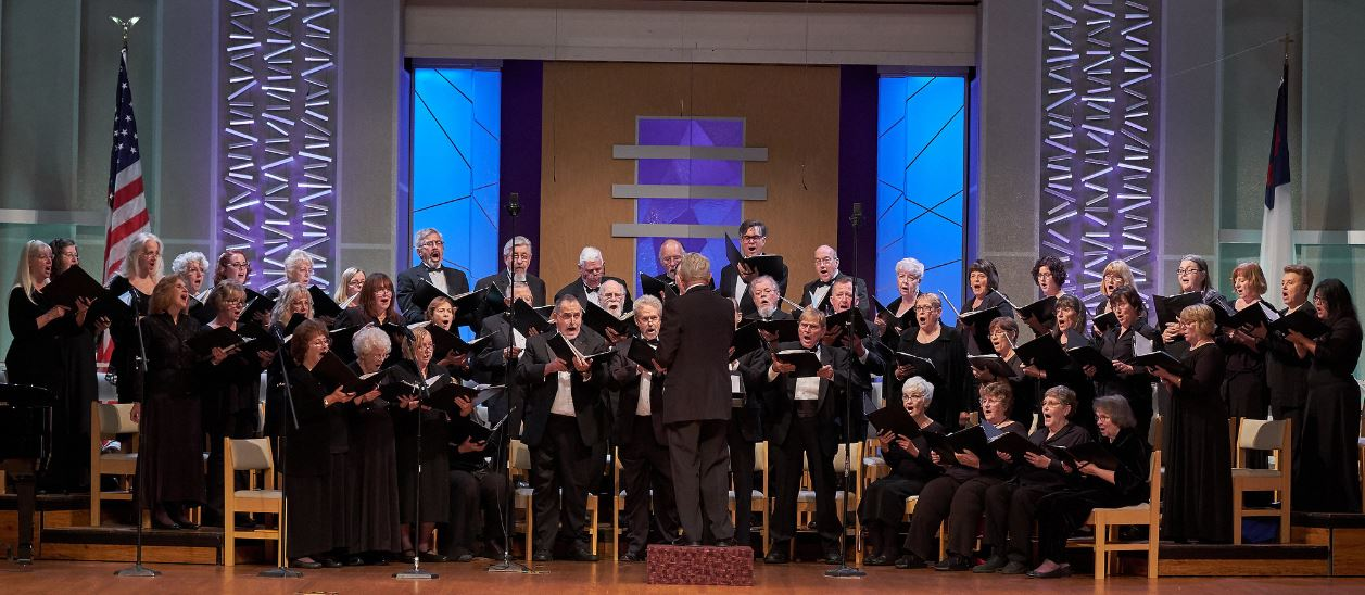 Raincross Master Chorale, 2016 Photo by Robert Sirotnik